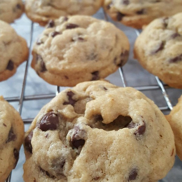 Award Winning Soft Chocolate Chip Cookies Cookierecipes Com