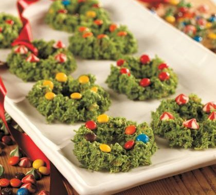 Frosted Christmas Wreath Cookies